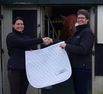"""Januari 2014 Wij zijn er trots op dat Wendy haar naam en prestaties in de vorm van een sponsorcontract heeft verbonden aan """"Stapopdegoedeweg, de massagepraktijk van Marieke Schonewille"""